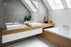 Bathroom Layout, Bathroom Interior, Small Bathroom, Small Apartment Decorating, Apartment Design, Loft Room, Attic Rooms, Home Decor Furniture, Small Apartments