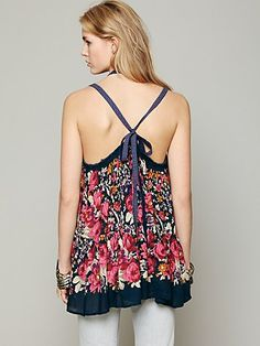 FP ONE Living Large Floral Tank 60euros