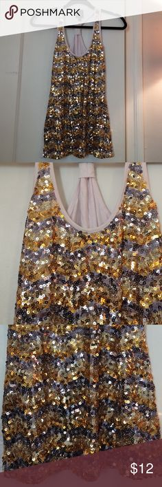 2b bebe sequin racerback tank Silver & gold sequins. Size M. 93.5% rayon 6.5% spandex. Never worn 2b bebe Tops Tank Tops