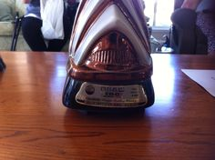 Jim Beam ceramic Sydney Opera House decanter. 1977