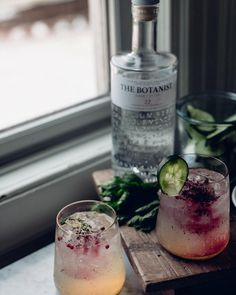 NEW POST! So excited to bring you aSpring Loaded Cocktail recipe on the blog today featuring @TheBotanistGin an ultra smooth gin that has a unique combination of 22 botanicals that were hand foraged locally and sustainably on the Isle of Islay in Scotland. Trust me this is a drink youll want to make this coming weekend!! | #TheBotanistGin #ad |Direct link in bio