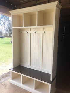 The Pennsylvania 2 Section Mudroom Bench With Shoe Storage And Coat Rack Entry Room Furniture Hall Tree
