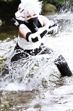Kakashi didn't kill Rin, who killed her. It was Rin, who jumped out in front of Raikiri that Kakashi was using to kill the enemy ninja Naruto Cosplay, Cosplay Anime, Bts Anime, Epic Cosplay, Amazing Cosplay, Cosplay Outfits, Cosplay Girls, Manga Anime, Anime Boys