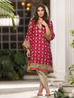 Pakistani fashion by misha Pakistani Couture, Pakistani Dress Design, Pakistani Wedding Outfits, Pakistani Dresses, Pakistani Party Wear, Kurta Designs, Indian Attire, Indian Outfits, Aishwarya Rai