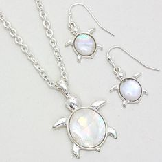 Mother of Pearl Turtle Pendent Set
