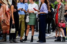 The Best Street Style at New York Fashion Week Spring 2019 New Yorker Street Style, New York Style, York Street, Fashion Wear, Fashion Dresses, Fashion Tips, Fashion Design, Fashion Trends, Fashion Inspiration
