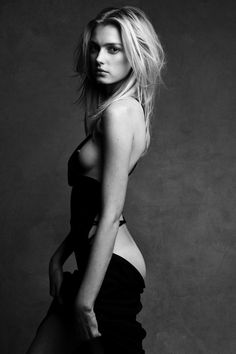 What's Contemporary - ContemporaryIS Patrick & Victor Demarchelier / Sigrid Agren