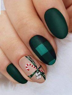 Christmas Gel Nails, Christmas Nail Designs, Holiday Nails, Christmas Makeup, Holiday Acrylic Nails, Seasonal Nails, Christmas Crafts, Best Acrylic Nails, Acrylic Nail Designs