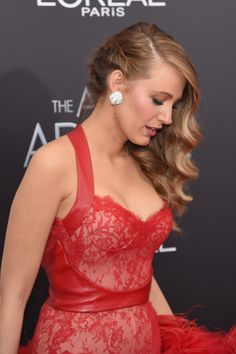 Blake Lively Photos - 'The Age Of Adaline' New York Premiere - Arrivals - Zimbio
