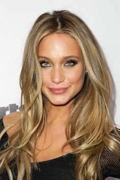 Love this hair color (makeup too).