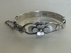 Hey, I found this really awesome Etsy listing at https://www.etsy.com/listing/254717526/vintage-chinese-silver-bangle-bracelet