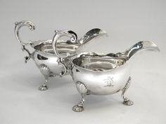 PAIR ANTIQUE GEORGIAN GEO. II SOLID SILVER SAUCE BOATS / GRAVY JIGS LONDON 1750 Vintage Silver, Antique Silver, London Sign, Silver Gifts, Christening Gifts, Interior S, Georgian, Decoration, Gravy