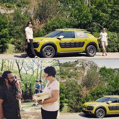 Première expérience d'accueil mobile pour l'équipe de l'Office de Tourisme qui sillonnera les routes du territoire tout au long de l'été au volant du Cactus jaune à la rencontre des visiteurs !