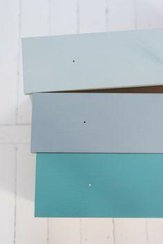 For kommoden på Brage sitt rom. Blue Master Bedroom, Kids Bedroom, Color Inspiration, Interior Inspiration, Jotun Lady, Painted Chest, Neutral Colour Palette, Chest Of Drawers, Furniture Makeover