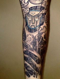 The fleshy parts look too nasty for an Autobot tat, but otherwise it's awesome!