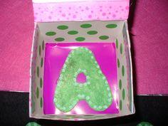 lettera A in scatola