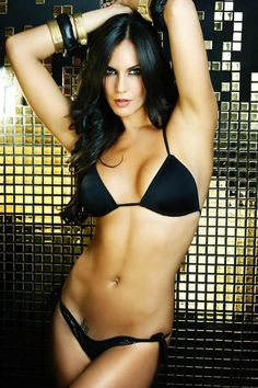 Top 10 Hottest Venezuelan Women  6. Claudia Moreno