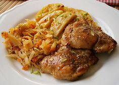 Kuřecí smetanový pekáček recept - TopRecepty.cz Czech Recipes, Russian Recipes, Chicken Wings, Poultry, Casserole, Chicken Recipes, Food And Drink, Easy Meals, Cooking Recipes