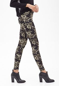 Photo-Floral Scuba Knit Leggings | FOREVER 21 - 2000101437