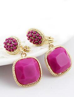 Purple Bead Gemstone Gold Earrings <3 Not usually a fan of yellow gold, but...