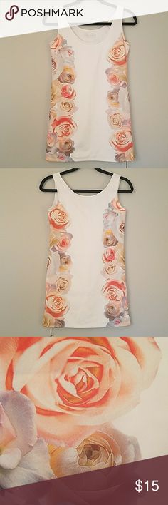 "NWT CECIL MCBEE Floral Tank Top Brand new imported from Japan JP Women's size M Runs small! Length 28.5"" Bust 32"" Waist 30"" Clean smoke free home CECIL MCBEE  Tops Tank Tops"