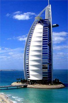 Burj Al Arab, Fourth Tallest Hotel in the World [4 pics]