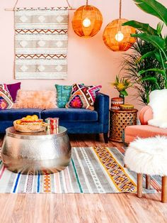 Love this living area - filled with vibrant colours and texture! When styling with multiple patterns, make sure your colours are similar!
