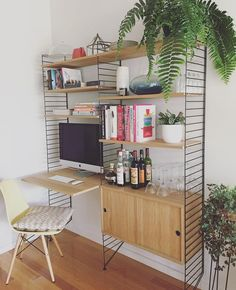 Work and Play #StringShelfie #stringsystem #stringshelf #scandinavian #shelving #interiordesign #decor #greatdanestorage #homedecor
