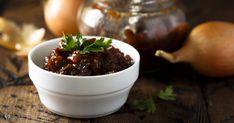A legegyszerűbben elkészített sült húst, sőt, a köretet is feldobja, ha valamilyen pikáns szószt készítünk hozzá, például chutney-t. Chutney, Preserves, Squash, Pudding, Beef, Desserts, Food, Meat, Tailgate Desserts