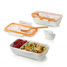 Our Bento Lunch Boxes are eco-friendly and perfect for kids and adults. The bento lunch box has the ability have a variety of food packed in one container. Lunch Containers, Food Storage Containers, Box Storage, Easy Storage, Tiffin Carrier, Little Lunch, Small Desserts, Bento Box Lunch, Lunch Boxes