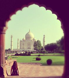 1000 places to go before i die: Taj Mahal, Agra, India   so many beautiful destinations on this site