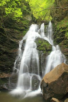 ✯ Mount Greylock - North Adams Cascade Waterfall, MA
