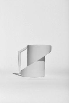 Minimalist Ceramics Focused on Deconstruction - Design Milk Ceramic Cups, Ceramic Pottery, Ceramic Art, Ceramic Furniture, Keramik Design, Cafetiere, Vases, Tea Pots, Mugs