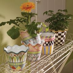 Mackenzie Childs pinned by Bess Ard. Painted Flower Pots, Painted Pots, Mackenzie Childs Inspired, Mckenzie And Childs, Pottery Painting, Kids House, Porch Decorating, Painted Furniture, Decorative Bowls
