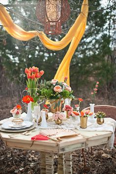A Touch of Romance.....Outdoor Dining