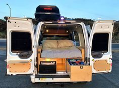 2013 Ford Transit Connect Motor Home Camper Van Rental in San Francisco, CA Ford Transit Connect Camper, Ford Transit Camper Conversion, Ford Van Conversion, Ford Transit Campervan, Tent Campers, Car Camper, Mini Camper, Auto Camping, Pickup Camping