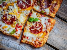 Chicken Crust Pizza for bariatric eating High Protein Bariatric Recipes, Bariatric Eating, Bariatric Surgery, Pureed Food Recipes, Diet Recipes, Cooking Recipes, Recipes Dinner, Holiday Recipes, Budget Meals