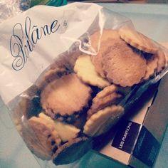 @saorilizzie サンジェルマンデプレにある、200年以上の歴史のあるブーランジェリー。 袋入りと箱入りがあるバタークッキーは素朴な味でとっても#yummy お土産におすすめです~♪ #Poilane #Punitions #ポラワーヌ #美味しい #パリ #SaintGermainDesPres 1mon