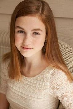 Madison Lintz has grown up so much since the walking dead