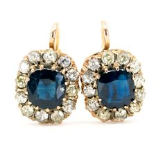 These stunning antique earrings feature Sapphires surrounded by (I Old Mine Cut Diamonds in Gold. Antique Bracelets, Antique Necklace, Antique Jewelry, Vintage Jewelry, Gold Earrings, Drop Earrings, Antique Brooches, 2 Carat, Sapphire Diamond