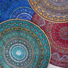 Petit tapis tapis rond dessin Mandala vert et multicolore en coton doublé toile…