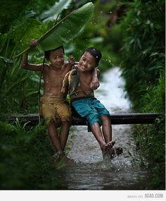 A Picture is worth a Thousand Words...Oh ! the Joy of Rain and a Friend to Share it With...