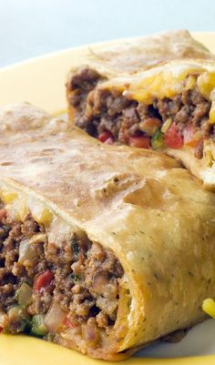 "Ww Skinny Chimichangas - This is out of my Weight Watchers cookbook called ""Take-Out Tonight!"" This is an excellent low fat chimchangas recipe. by letitia No Calorie Foods, Low Calorie Recipes, Ww Recipes, Mexican Food Recipes, Cooking Recipes, Recipies, Recipes Dinner, Dishes Recipes, Dinner Ideas"