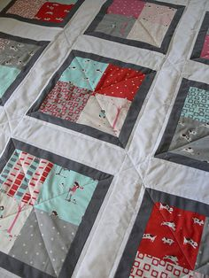 Baby Quilt DIY Tutorial - can be make with a charm pack