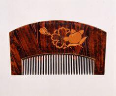 八重桜橘漆絵櫛、19世紀後半