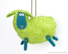 овца-подвеска