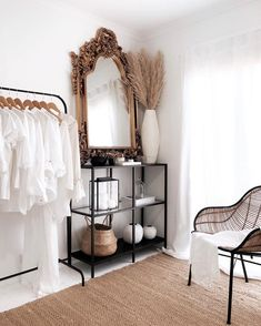 Master bedrooms, minimalistic bedrooms, luxury bedrooms and everything bedroom related for your interior. My New Room, My Room, Home Bedroom, Bedroom Decor, Master Bedrooms, Bedroom Mirrors, Bedroom Ideas, Minimalist Bedroom, Minimalist Fashion