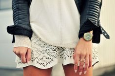 cool & chic #StreetStyle: laser cut ivory mini skirt & leather jacket