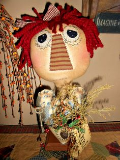KKL Primitives Selling Blog....(this raggedy is so gosh darn CUTE! i love the expression in her face. lol!)....