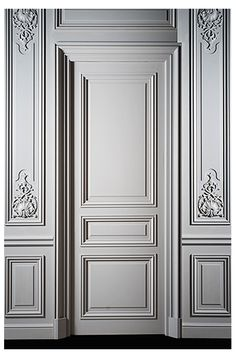 Haussmannian door with 3 panels Paneling High and Low Carved Showroom Interior Design, Luxury Homes Interior, Interior Styling, Door Design, Wall Design, Cornice Design, Classic Doors, Wall Trim, Wall Molding